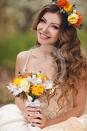 Free Bride In Wedding Dress In The Park In The Spring. Royalty Free Stock Photo - 54706215