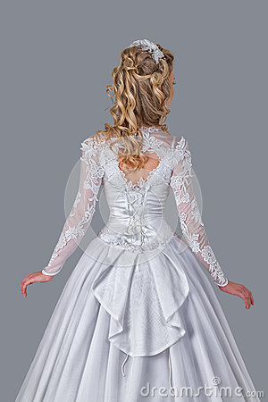 Free Bride In Wedding Gown Rear View Royalty Free Stock Photo - 93151545