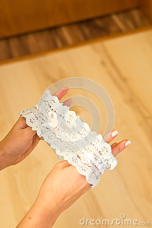 Bride lace