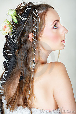 Bride with long hair and green eyes