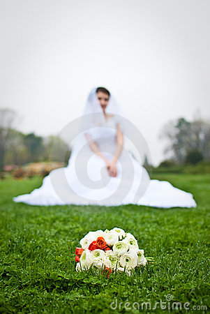 Bride s cluster bouquet