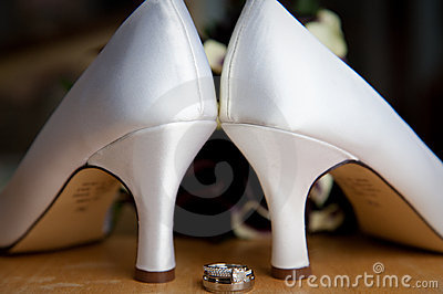 Bride s High Heel Shoes and Rings