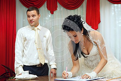 Bride on solemn registration