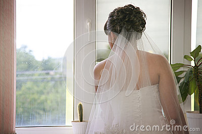 bride waiting for her groom