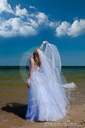 Bride in the wind.