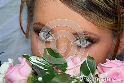Brides glance