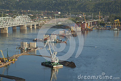 Bridge construction through Yenisei