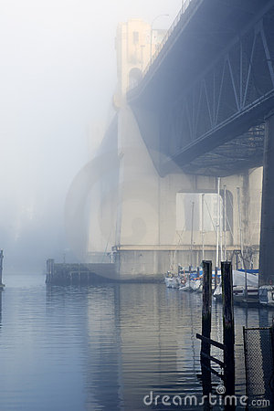 Free Bridge In Fog Royalty Free Stock Images - 7934459