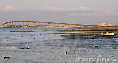 Bridge At Low Tide Stock Images - Image: 20675224