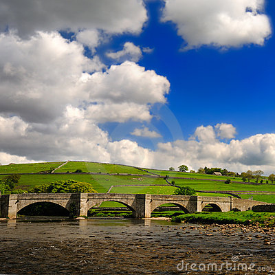 Bridge over peaceful Wharfe river