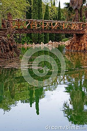 Bridge over Sama s pond