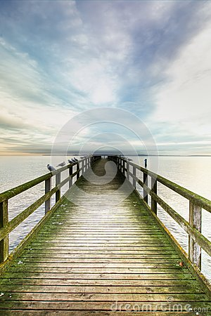 Free Bridge Over The Sea Royalty Free Stock Images - 28595339