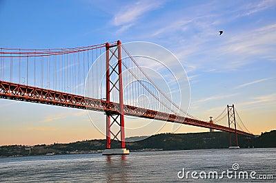 Bridge of 25th april