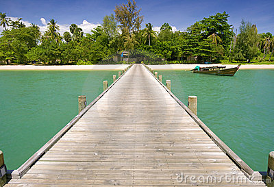 A bridge to the paradise island
