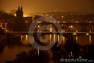 Bridges in the night, Prague