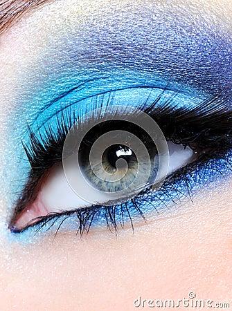 Bright blue make-up