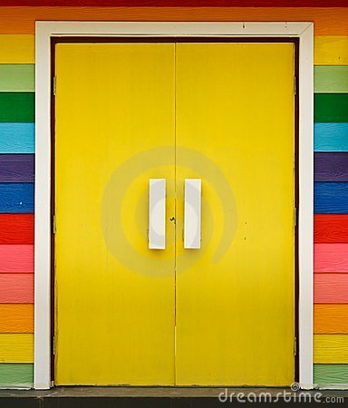 Free Bright Color Wood Door Royalty Free Stock Images - 23863599