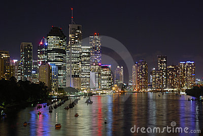 Brisbane boats at night