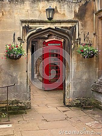British telephone red box