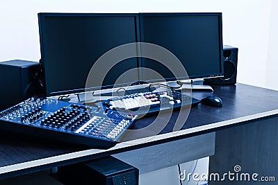 Broadcast editing station