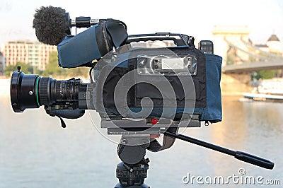 Broadcast quality camera