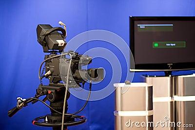 Broadcasting camera