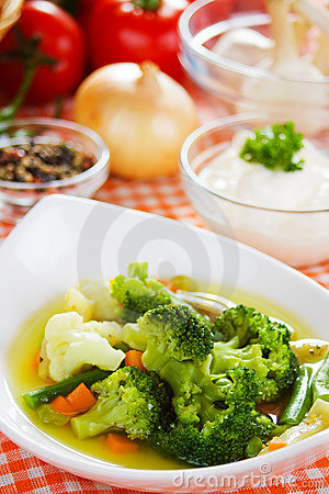 Broccoli and cauliflower soup