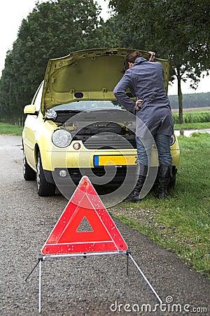 Free Broken Down Car Stock Images - 1401074