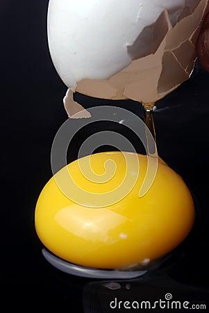 Free Broken Egg Stock Image - 4598791