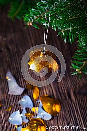 Free Broken Old Vintage Christmas Ball And Christmas Tree Royalty Free Stock Photos - 77839838