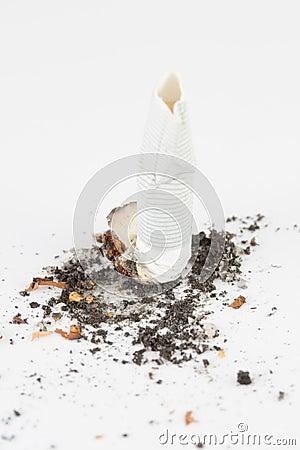 Broken sigaret
