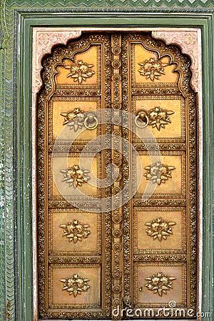 Free Bronze Door In India Royalty Free Stock Photography - 31098977