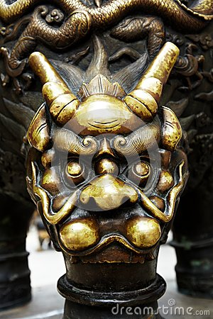 Bronze dragon head