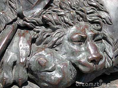 Bronze Lion Royalty Free Stock Image - Image: 10578016