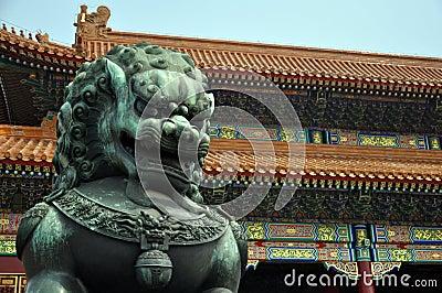 Bronze lion guarding the forbidden city