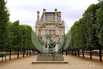 Bronze statue in fromn of Louvre museum building