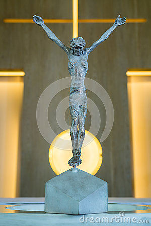 Free Bronze Statue Of Jesus Christ Crucified On A Cross In A Church Stock Image - 79304341