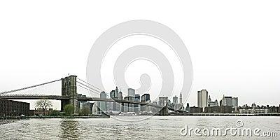 Brooklyn bridge and lower Manhattan skyline panora