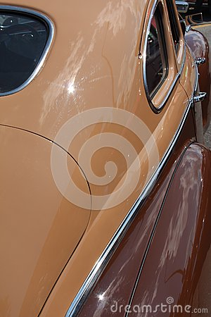 Brown Antique Car