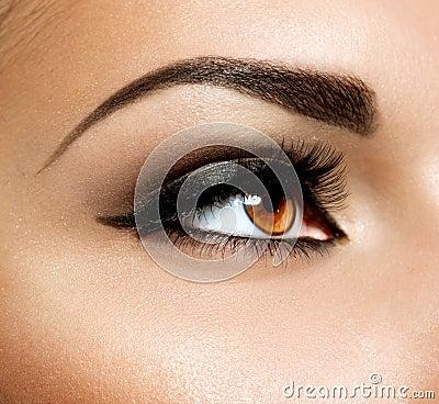 Free Brown Eye Makeup Stock Images - 30437814