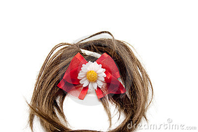 Brown hairpiece with red loop