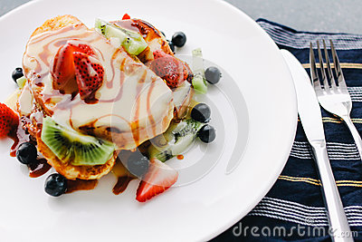 Brown Pastry With Fruits On White Ceramic Round Plate Free Public Domain Cc0 Image