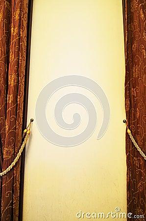 Brown draperia