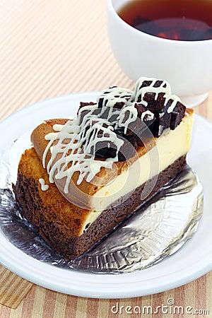 Brownie cheesecake.