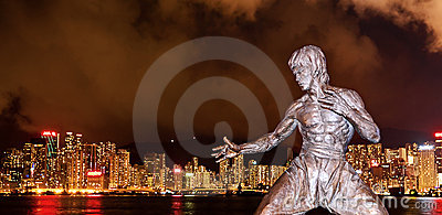 Bruce Lee and night of HK Editorial Stock Image