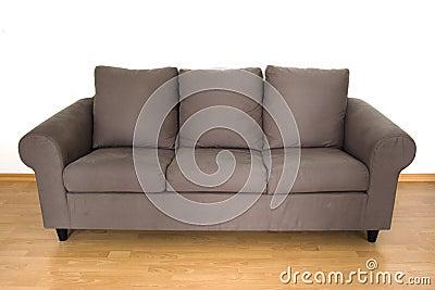 Brun bekväm sofa