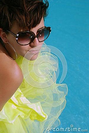 Brunette girl with sunglass