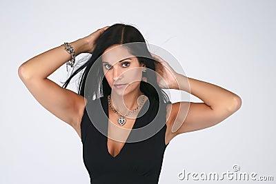 Brunette met tan