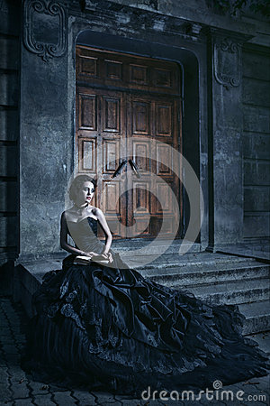 Free Brunette Over The Building Background Royalty Free Stock Photo - 67491395