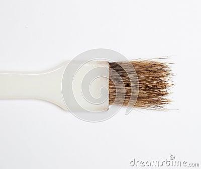 Brunt hår borstar